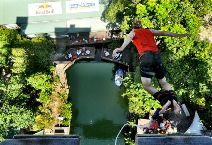 Simon Heyes - bungee jump - Cairns, Australia