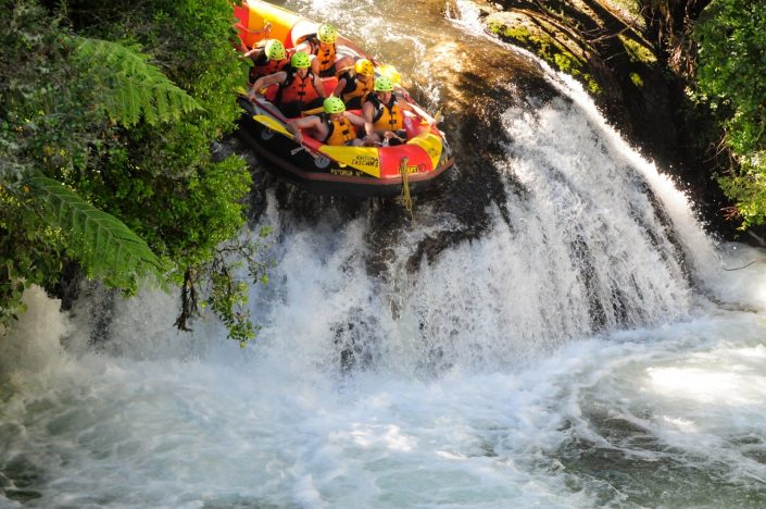 White Water Rafting In Rotorua, New Zealand - Adventure Bagging