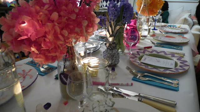 Colourful table - - Christabels, Tabl