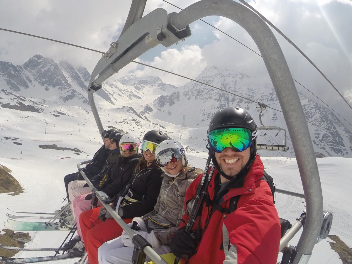 Sungod Revolts ski goggles on the slopes in Verbier