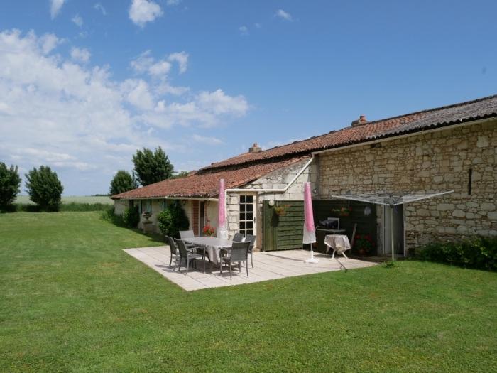 Les Deux Chenes - Loire Valley Farmhouse - Garden