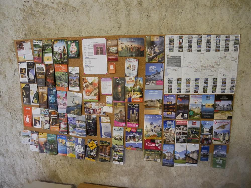 Les Deux Chenes - Loire Valley Farmhouse - Info Board