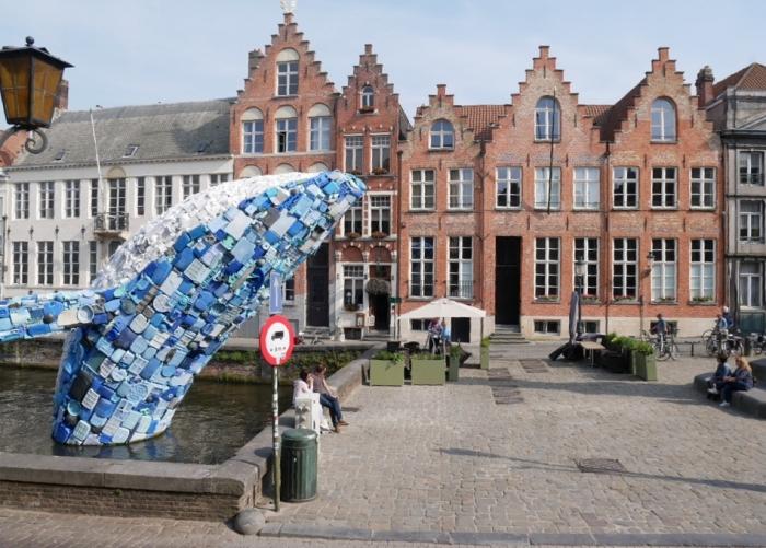 Plastic whale sculpture - Bruges
