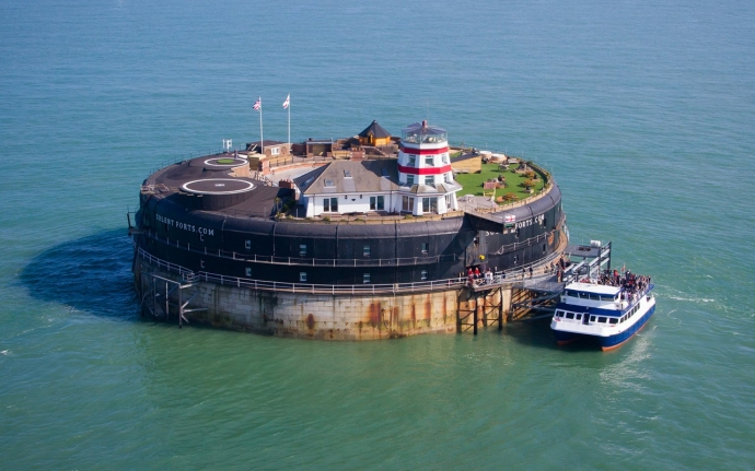 Stay on a fort in the Solent - Isle Of Wight Unique Accommodation