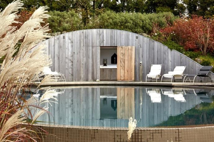 Trevarra Cottage infinity pool, Cornwall