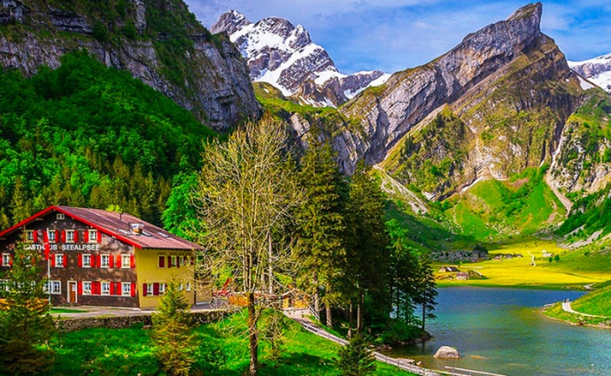 Berggasthaus Seealpsee - Whisky Trail Switzerland