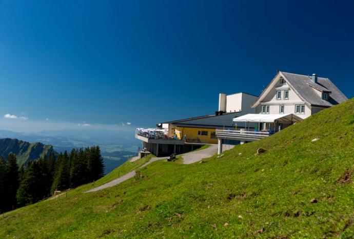 Mountain Inn / berggasthaus kronberg