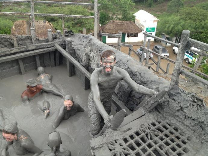 Volcan de Lodo El Totumo - Mud Volcano - Colombia