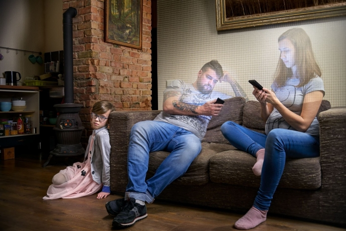 Social Media causing disconnections in the household