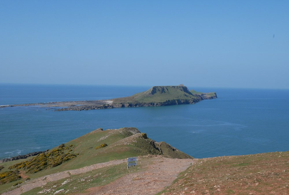 The view towards Worms Head on the Rhossili headland walk