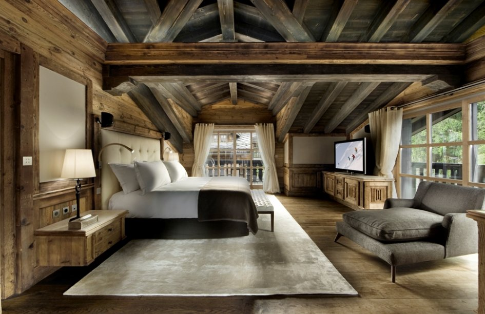 Chalet Edelweiss - Master Bedroom Suite