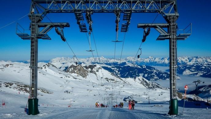 Snow sure skiing on the Kitzsteinhorn, Kaprun