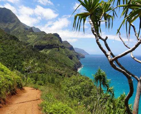 Hiking trails around Na Pali, Hawaii
