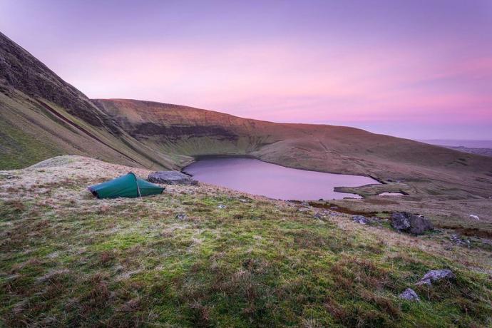 Wild Camp at Fan Fach, Black Mountain, Brecon Beacons in ...