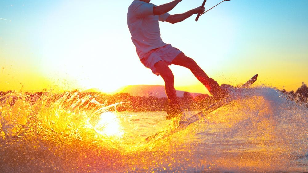 Kite Surfing In Dorset