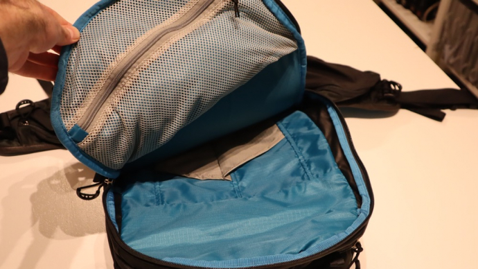 Osprey Kamber 22 Backpack Review - Internal Avalanche Pockets