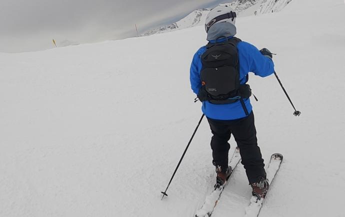 Osprey Kamber 22 Backpack Review - On the Ski Slopes