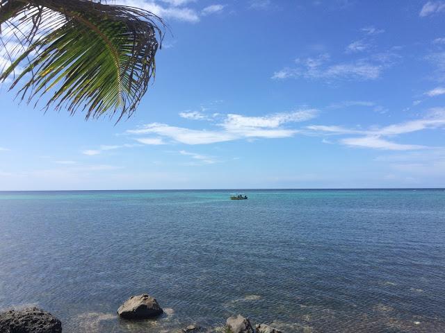 Clear waters near Tufi, Papua New Guinea