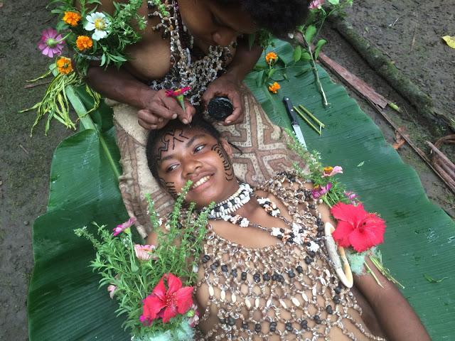 A Tufi tattoo demonstration - Papua New Guinea