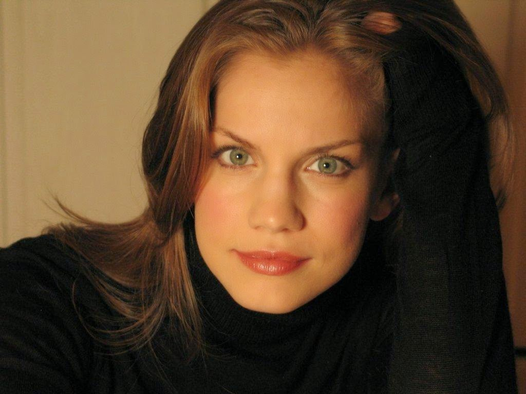 Anna Chlumsky (from My Girl) in 2007