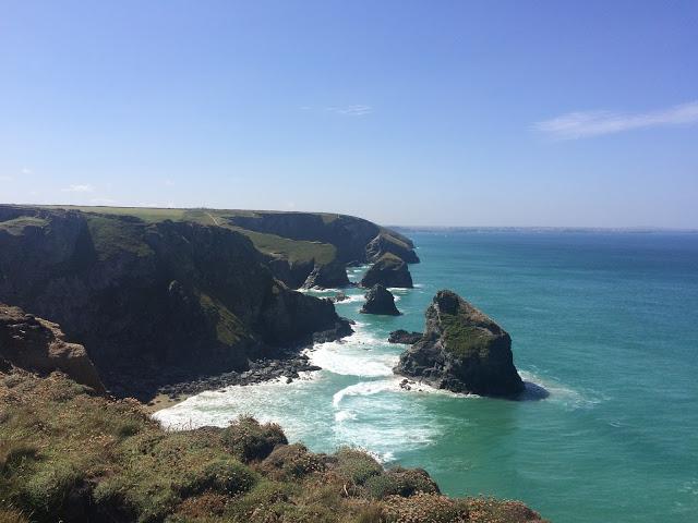 Rocks, cliffs, ocean, sunshine, seaside air...it doesn't get much better