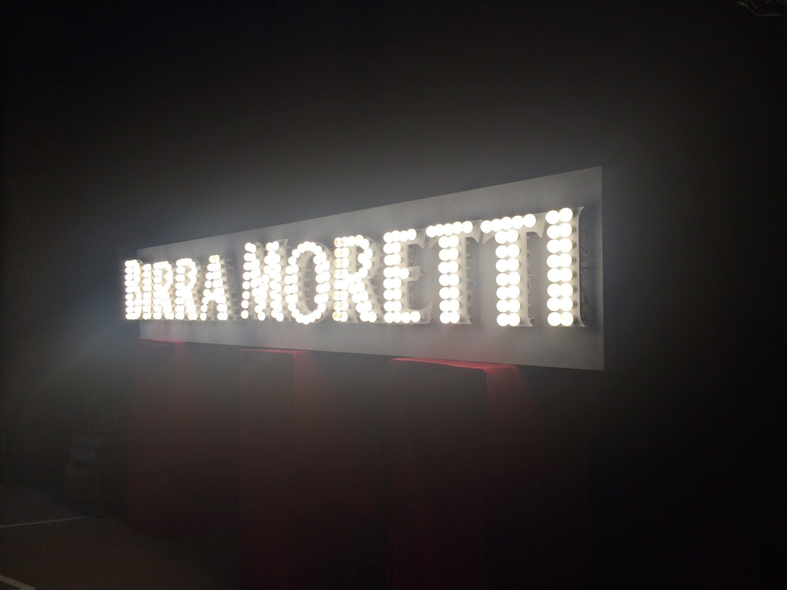 Birra Moretti lightbulb sign - Moretti Gran Tour
