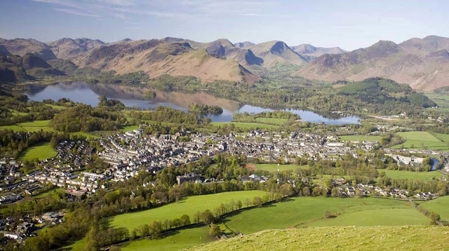 Views over Keswick and the Lake District from Latrigg