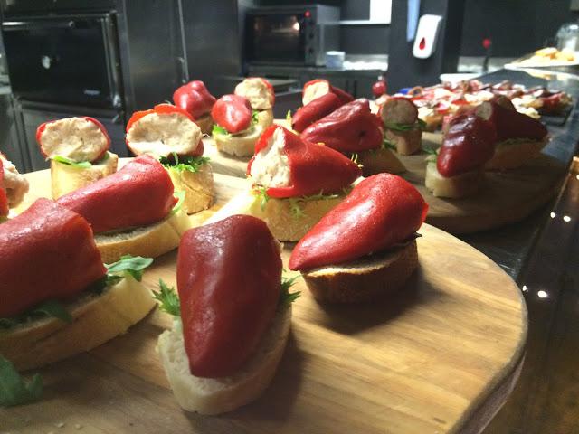 Tuna stuffed red peppers - Bilbao Berria