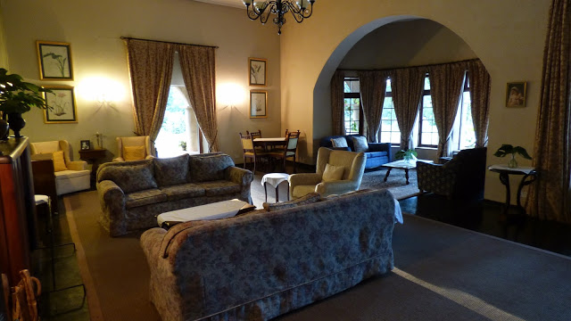 The main living room area at Huntingdon House, Satemwa, Malawi