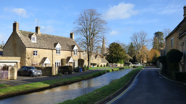 The River Eye flows through the village of Lower Slaughter, Cotswolds