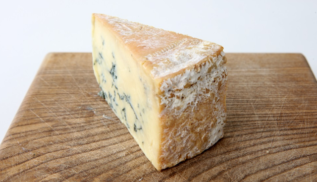 Stichelton - A brilliant British blue cheese alternative to Stilton