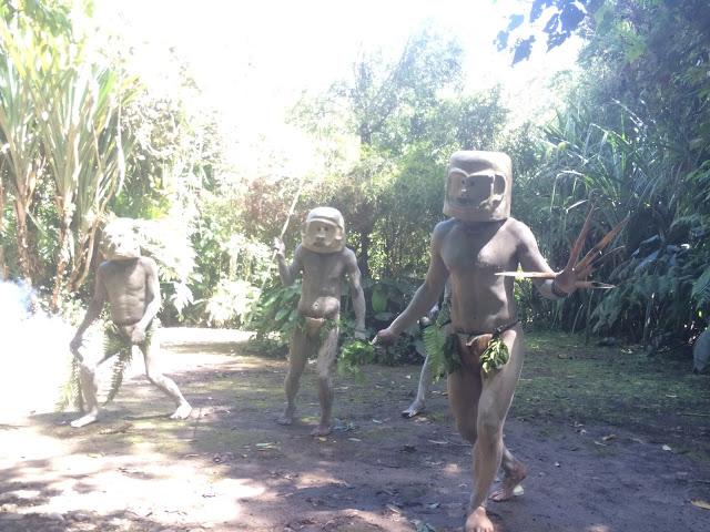 The mudmen story reenacted - Mount Hagen, Papua New Guinea