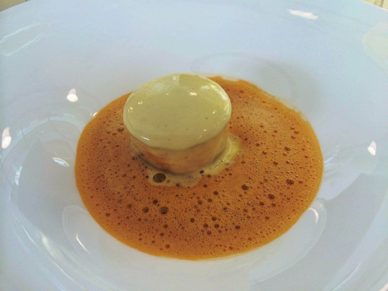 Lasagne of crab with a cappuccino of shellfish of champagne foam