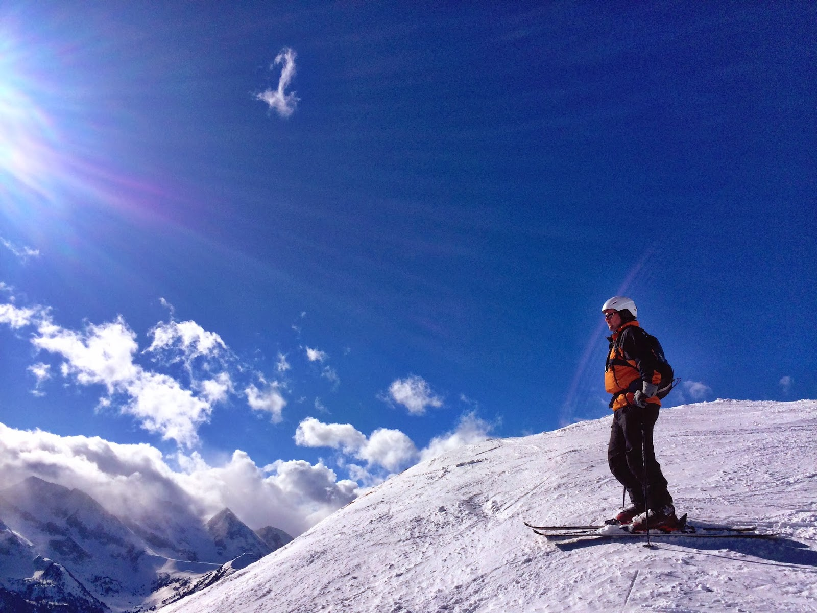 A blue sky day for skiing in the Zillertal