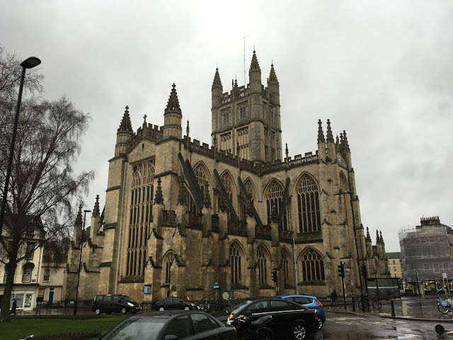 Bath Abbey, as viewed from street level